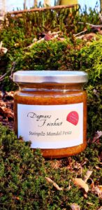 Steinpilz-Mandel Pesto Image